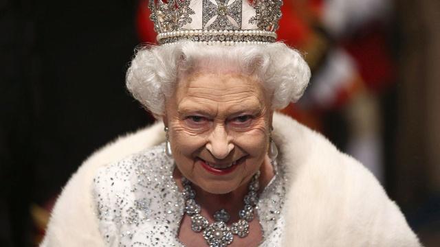 Елизавета II. Эффект присутствия. Вместо некролога