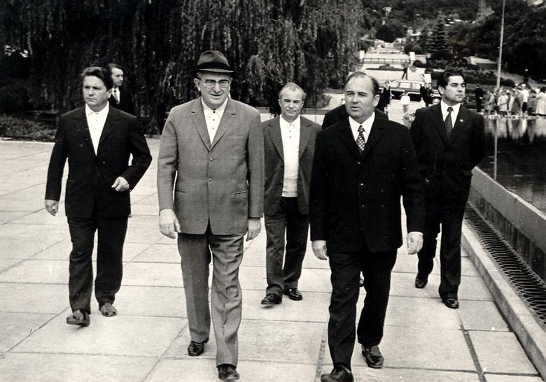 Откуда взялась команда «питерских реформаторов» во главе с Чубайсом